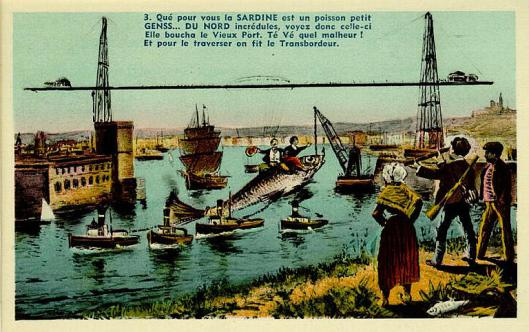 Carte postale issue de la collection du MuCem qui raconte aux gens du Nord incrédules qu'une sardine a bouché le Vieux-Port