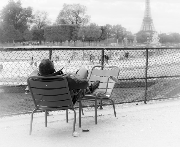C'est bien la preuve qu'à Paris aussi, on fait la sieste... (CC/Flickr/Nykaule)