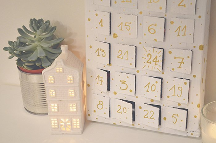 diy cinq calendriers de l 39 avent faciles r aliser. Black Bedroom Furniture Sets. Home Design Ideas