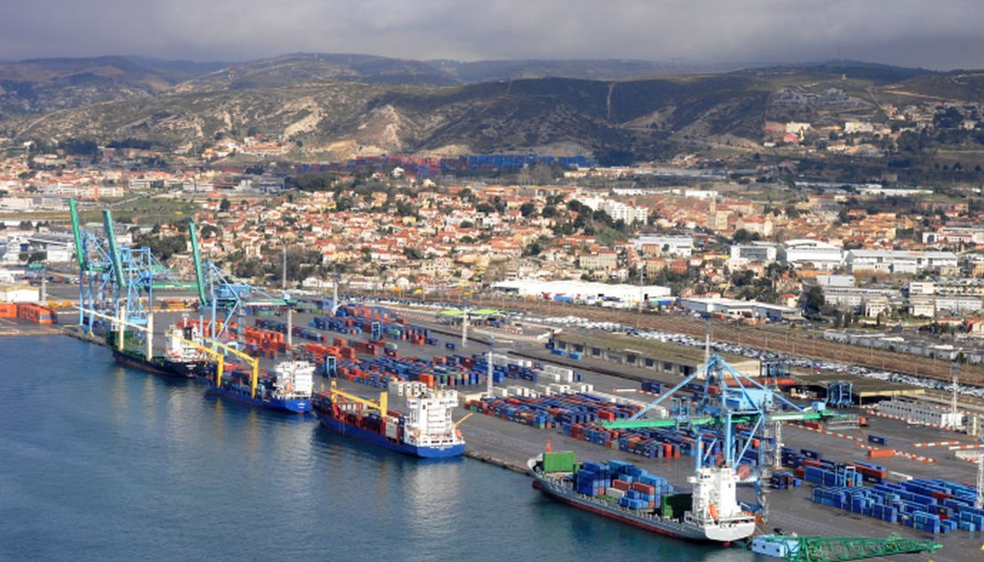 Logistique grand port de marseille renaud muselier - Port de marseille pour aller en algerie ...