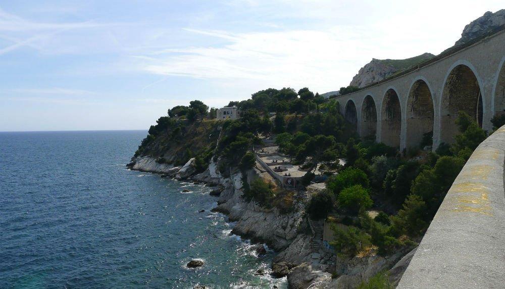 Train Istres - Marseille partir de 31. Promos de Billets TGV et