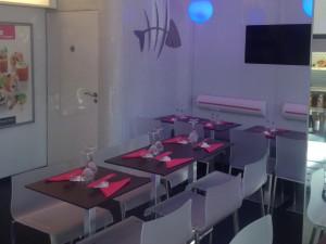 la décoration du restaurant, plus claire, vive que chez les autres japonais