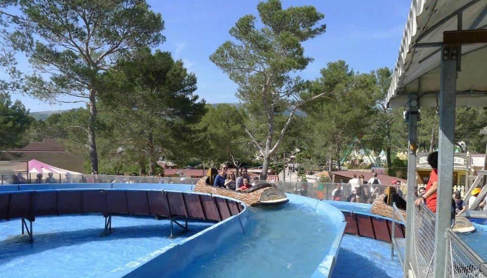 Temps forts cuges les pins les parcs d 39 attractions for Piscine 16eme
