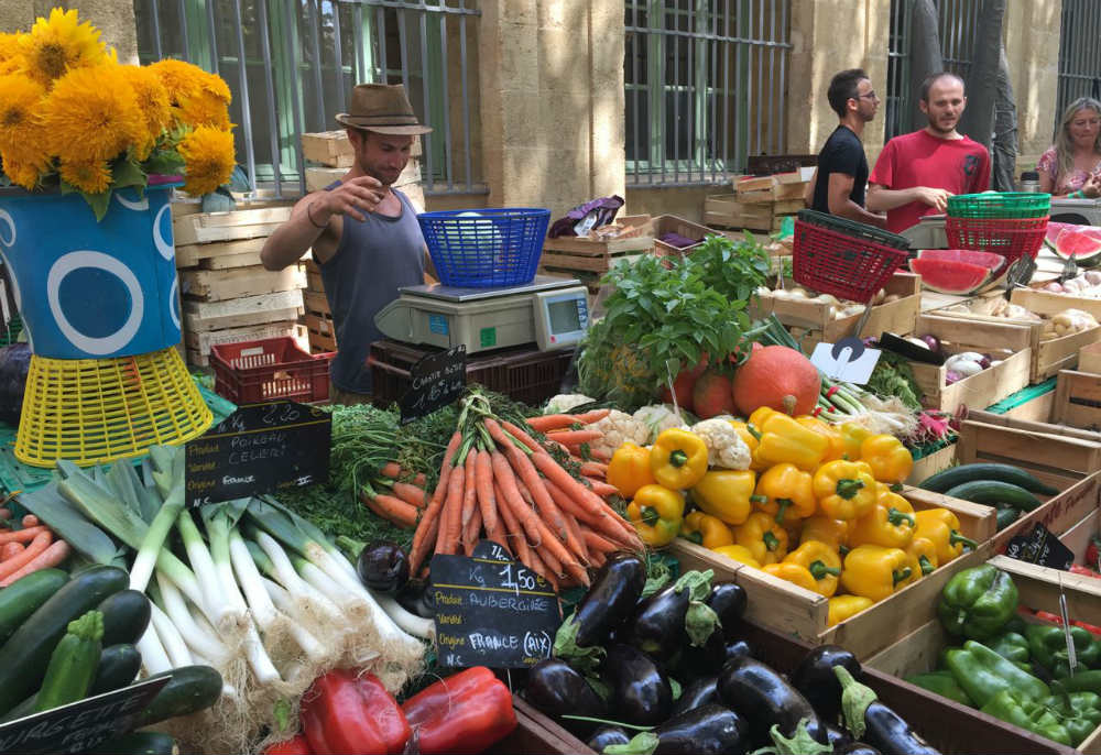 Socit Les Enjeux De LAgriculture PriUrbaine En Dbat  AixEn