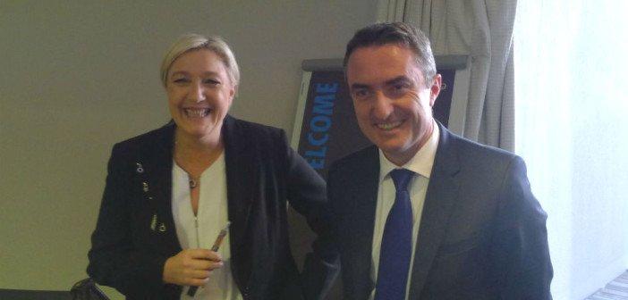 Marine Le Pen en compagnie de Stéphane Ravier