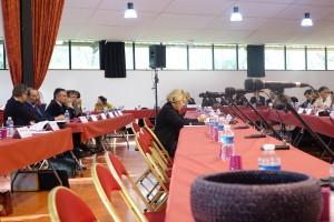 Maryse Joissains siège en attendant ses vices-présidents (Photo RG)