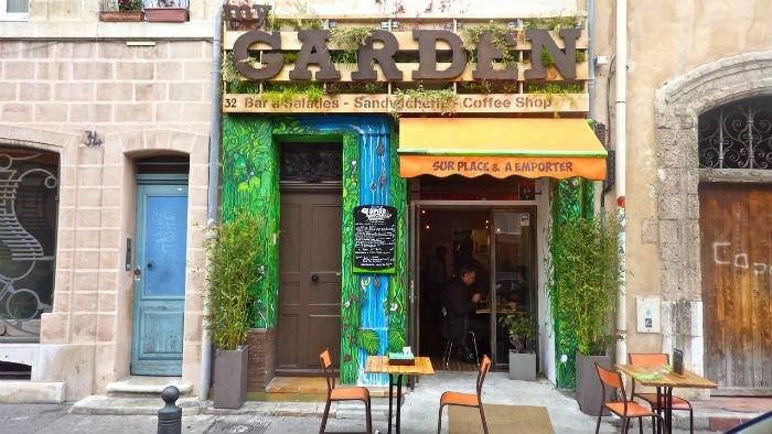 "Le bar MyGarden selon l'artiste ""Binho"""