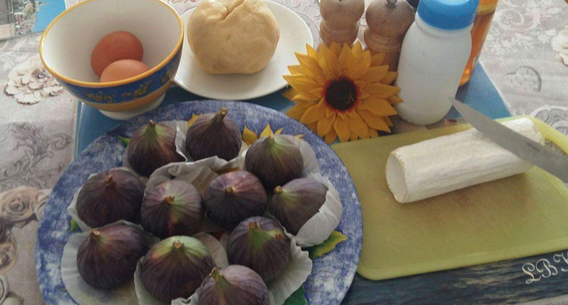 quatre saisons en cuisine la figue en tarte avec du miel et du ch vre gomet 39. Black Bedroom Furniture Sets. Home Design Ideas