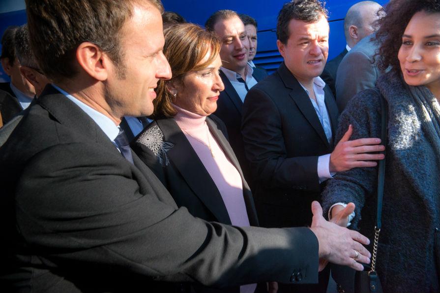 Macron gare st charles