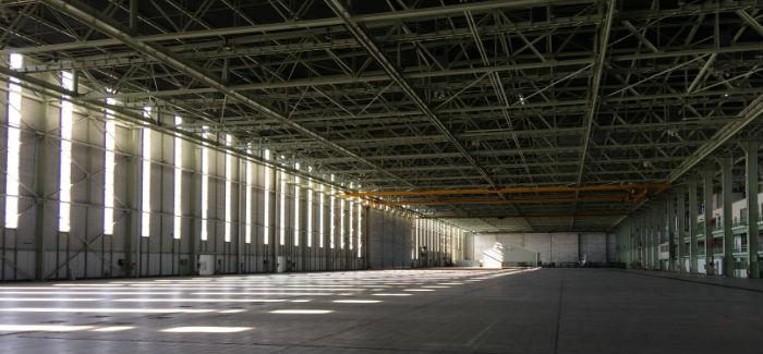 Le pôle aéronautique d'Istres se prépare à accueillir les dirigeables du futur