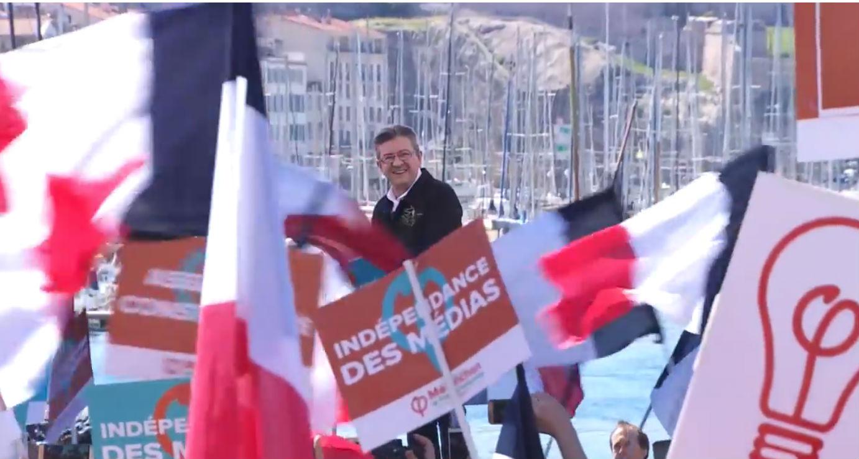 Le Pen et Macron toujours en tête, devant Mélenchon et Fillon — Présidentielle