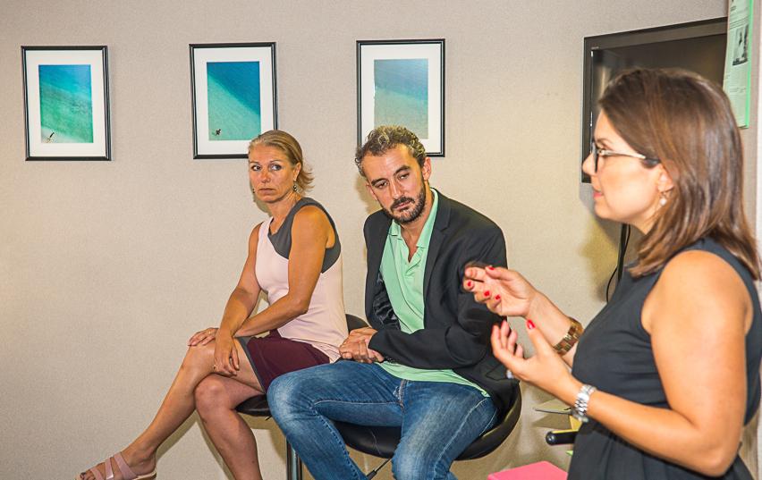 Les invitées de la rédaction de Gomet' : Vanessa Douet-Vannucci de On[e]Life (à gauche) et Emilie Royère d'Eurobiomed. Un débat animé par Richard Michel, rédacteur en chef de Gomet' Premium.