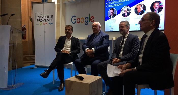 (De gauche à droite) Jean-Luc Chaunvin, Pdt de la CCI, Jean-Claude Gaudin, maire de Marseille, sébastine Missofe, Vice-Président de Google France et Yvon Berland, Président d'Aix-Marseille Université