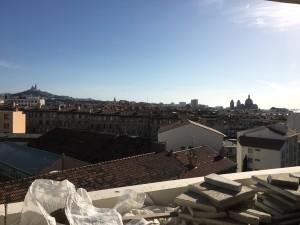 La terrasse du 6e et dernier étage offre une vue sur la Bonne Mère et la Major. Photo : S.P.