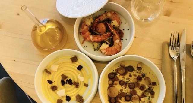 Chez Bubo, l'entrée, le plat et le dessert sont servis en même temps © Benjamin Ignace
