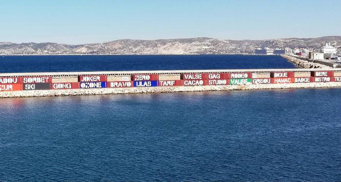 Quand La Digue Du Large Du Port De Marseille Devient La Plus Longue Galerie Dart