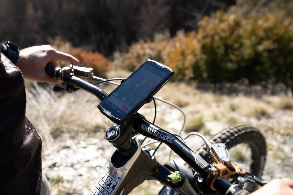 crosscall-smartphones-resistant-etanche