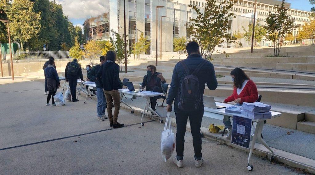Les élus étudiants et le personnel d'Aix Marseille Université apportent aussi leur soutien aux jeunes grâce au Guichet d'aide à l'étudiant (Crédit LR)