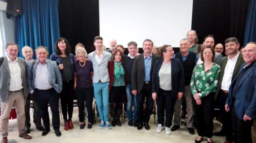 Jacques Boulesteix (3e en partant de la gauche) avec les membres du Mouvement sans précédent en octobre 2019. (Crédit Gomet'/AD).