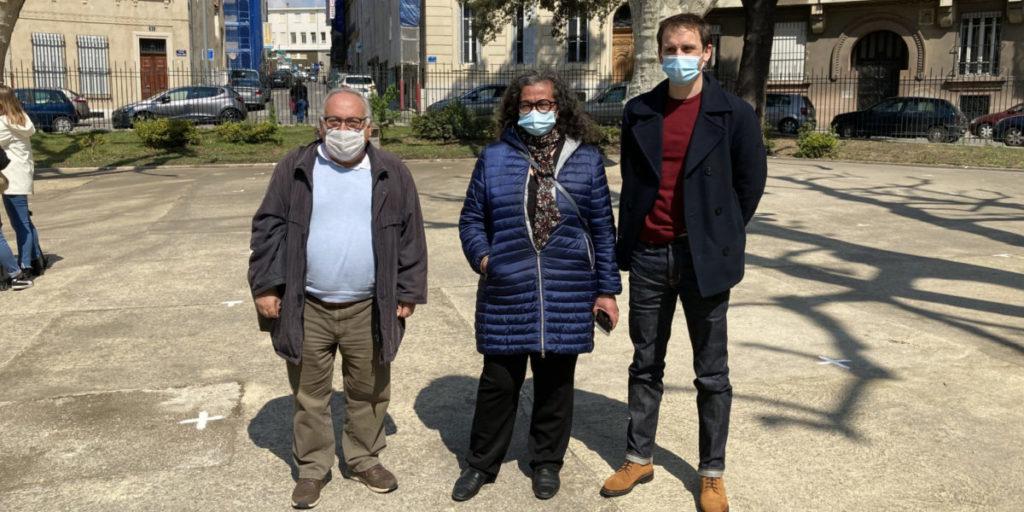 Nassera Benmarnia, l'adjointe aux parcs et jardin de la Ville (au centre) entouré d'Etienne Tabbagh (à droite) et de Christian Pellicani, adjoint du 1er secteur.