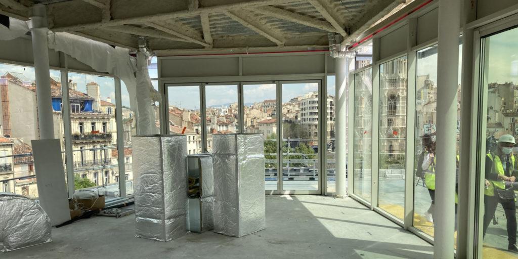 Le restaurant panoramique au dernier étage accueillera des concerts jazz (Crédit RM)