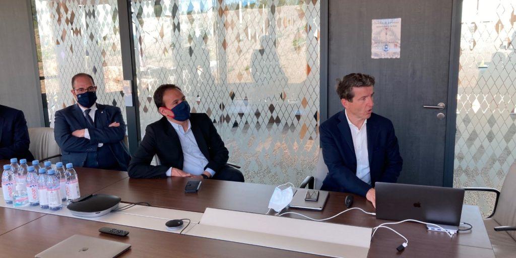 Le P-dg de Voyage Privé Denis Philipon a présenté les projets de Voyage Privé au secrétaire d'État Cédric O (Crédit RM)